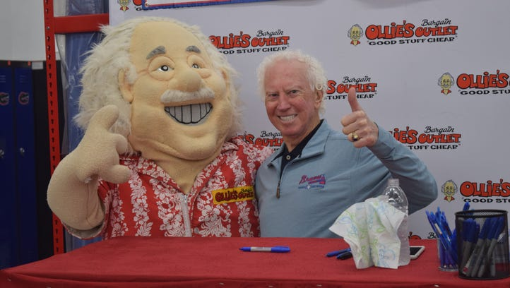 Reunion for Hall of Famer Don Sutton at new store opening