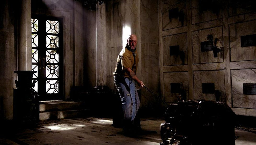 Kevin Rushton plays a guy whose eyes are sewn shut and has to make it out of the Mausoleum Trap alive.