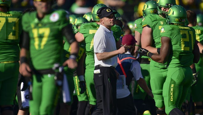 Oregon head coach Mark Helfrich during the 2015 Rose Bowl against Florida State.