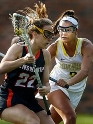 Elizabeth Farnsworth (right) and Hutchison open the lacrosse season ranked No. 1 in the South Region.