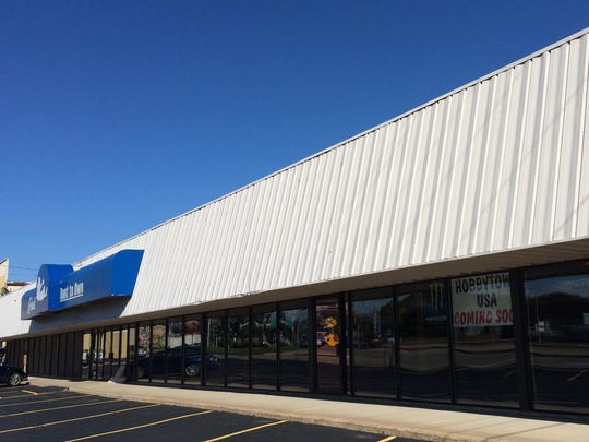 HobbyTown's future location is 122 S. Memorial Drive