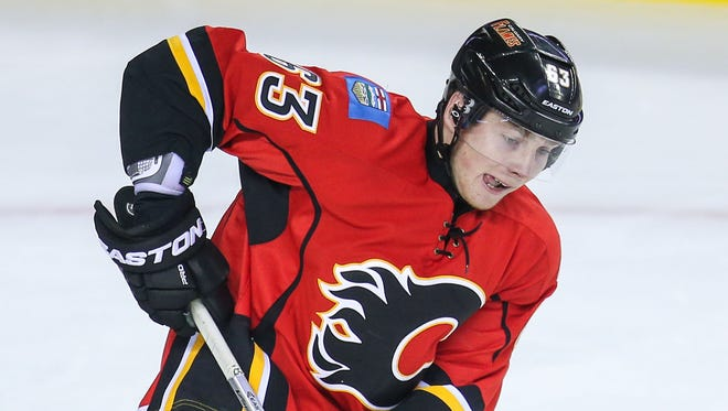 Calgary Flames center Sam Bennett had 24 points in 11 OHL games last season.