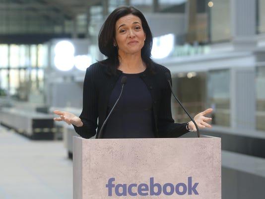 Facebook Sandberg (3)
