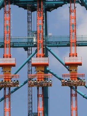 2014: The Zumanjaro Drop of Doom was added to the base of the Kingda Ka roller coaster.