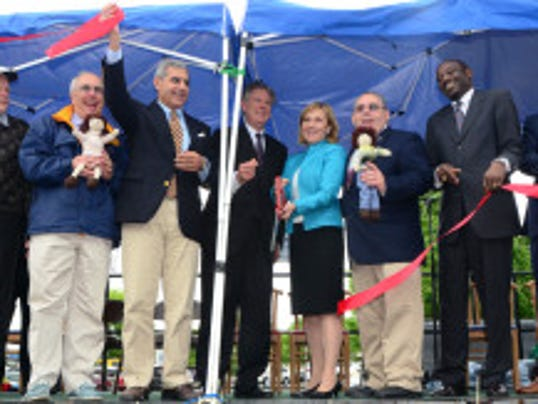 Lt. Gov. Kim Guadagno at a May 16 ribbon cutting in Keyport. (Governor's Office photo)