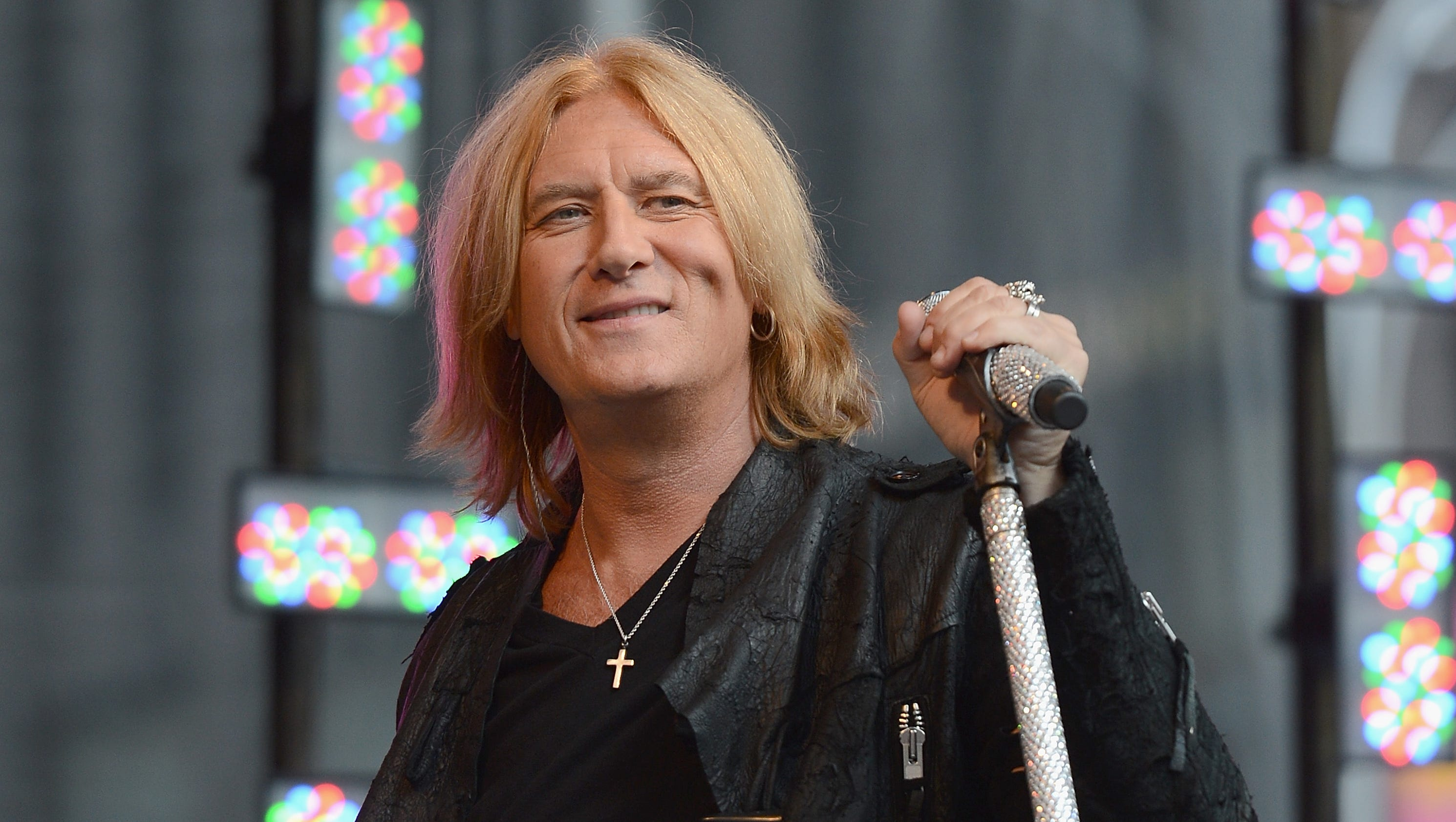 Def leppard poison tickets on sale friday kristyandbryce Choice Image