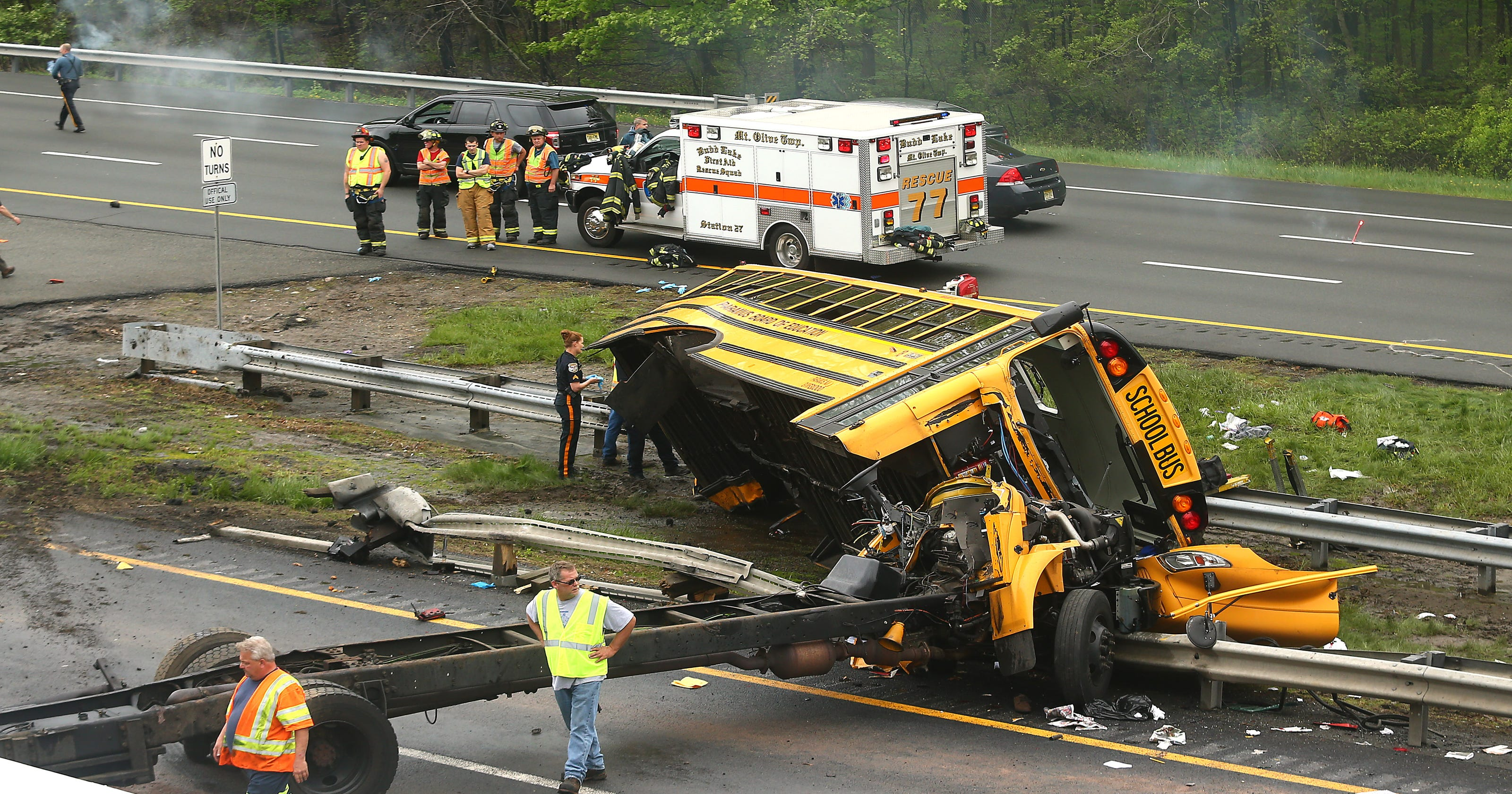 Video of Paramus school bus crash shows driver make left across Rt  80