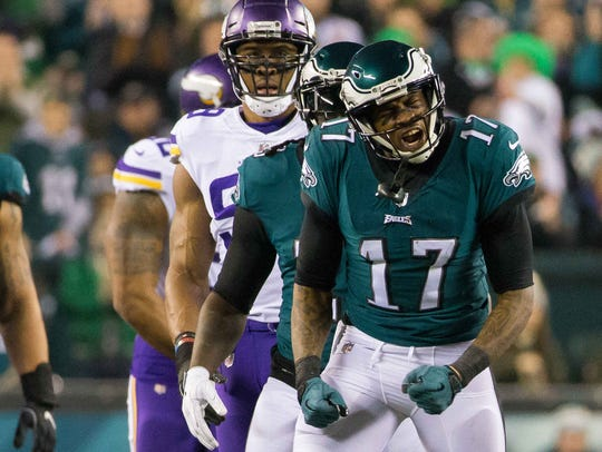 Eagles wide receiver Alshon Jeffery celebrates after