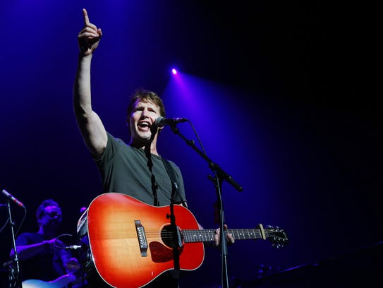 James Blunt opens for Ed Sheeran on the ÷ Tour Saturday,