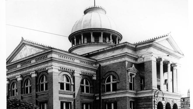 El Paso City Hall, Myrtle Street, circa 1910.
