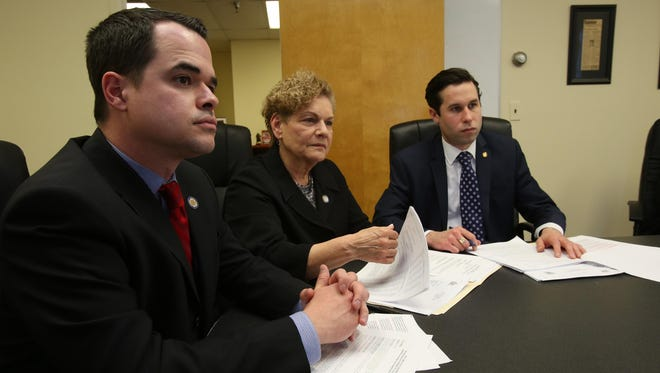 State Sen. David Carlucci, left, wants naloxone, a heroin and opioid overdose antidote, to be available over the counter.