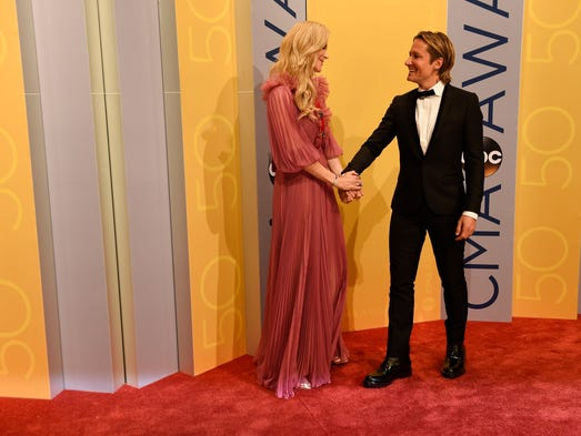 Nicole Kidman and Keith Urban arrive on the red carpet