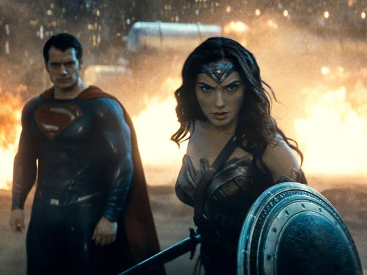 BATMAN V SUPERMAN - WONDER WOMAN A ENT