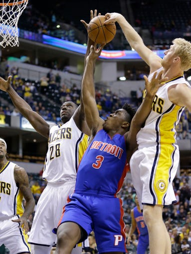 Indiana Pacers forward Chase Budinger (10) comes from