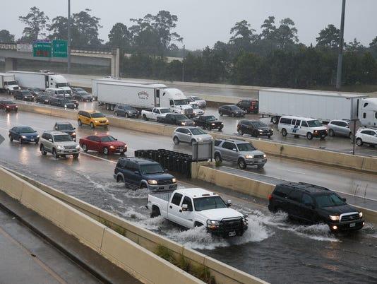 AP HOUSTON FLOODING A WEA USA TX