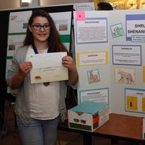 Middle school students participate in Desert Data Jam