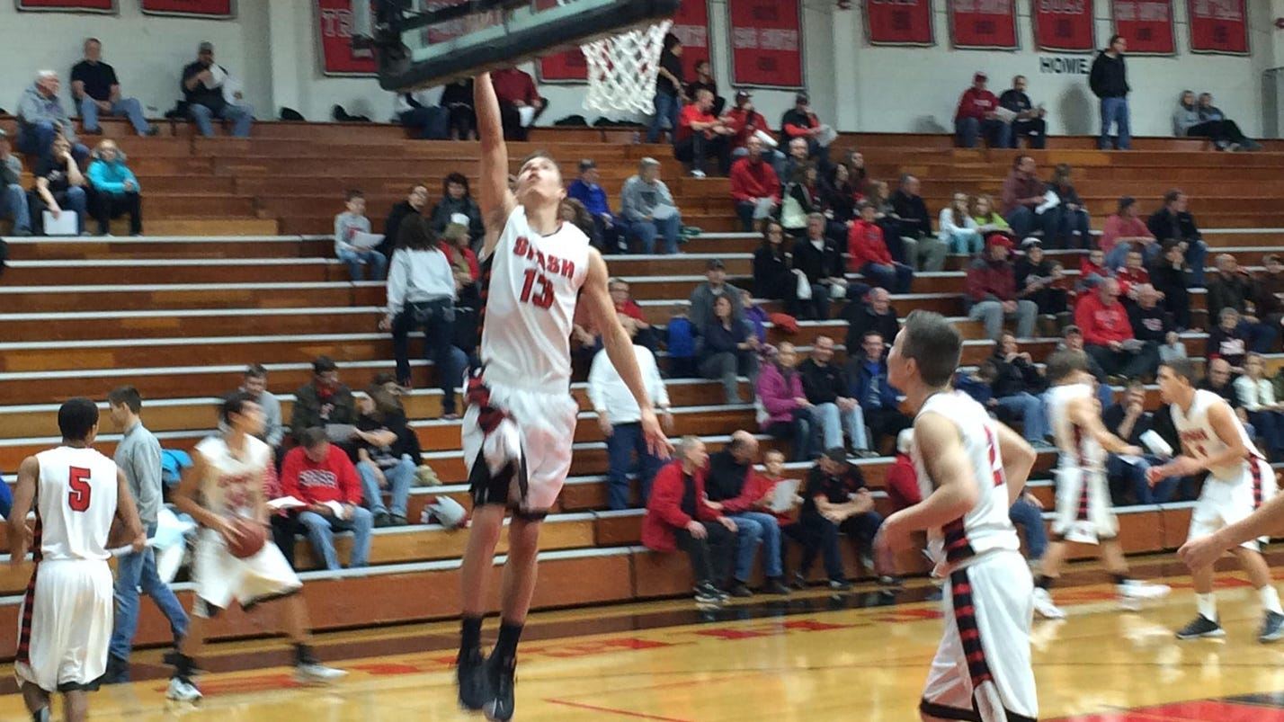 SPASH boys show off championship form in season opener