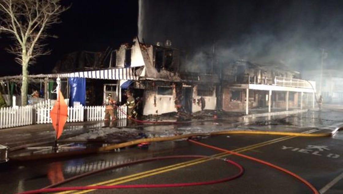 Fire destroys landmark Ogunquit inn