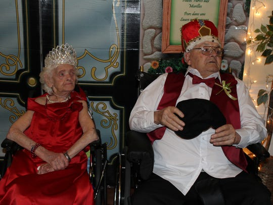 Chosen by the other residents, Anna Moore was crowned