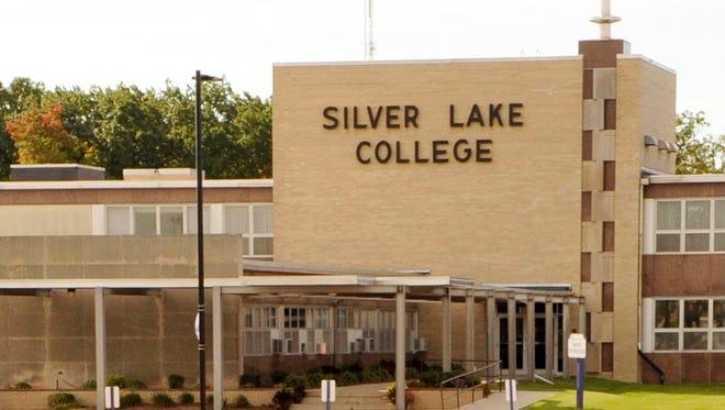 Silver Lake College announces alumni award recipients