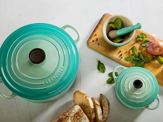 636420161229392130-Le-Creuset-cookware-01.JPG