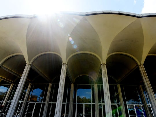 RiverView Theater, home of the Shreveport Symphony Orchestra, Shreveport Opera and Shreveport Metropolitan Ballet, renovations will begin in the summer. Many events will be affected as organizers will not be able to use the venue for a year.