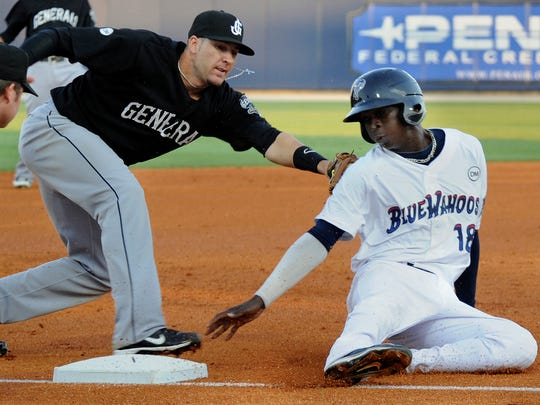 Didi Gregorius, right, played for the Pensacola Blue