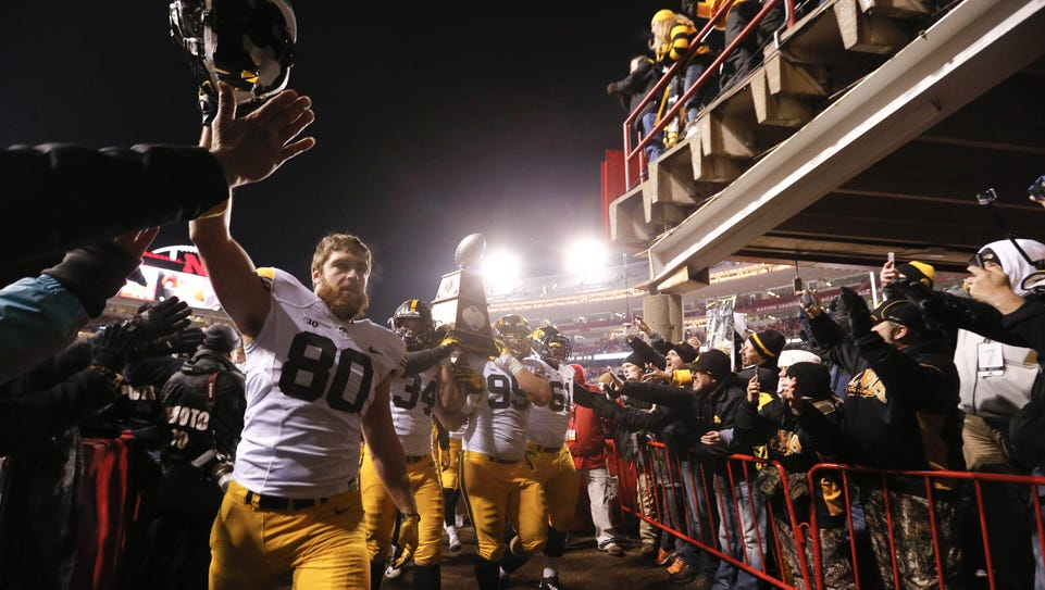 Iowa tight end Henry Krieger Coble leads the Hawkeyes