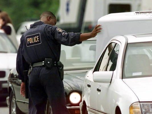 636310482086982773-police.JPG