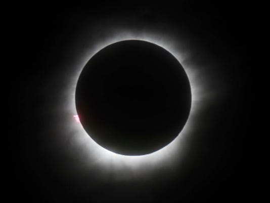 AP TV ECLIPSE I FILE ENT IDN