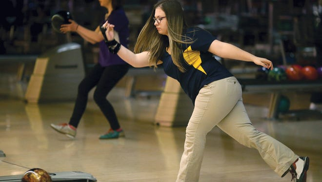 Bremerton bowler Hannah Sutton won the individual title at Thursday's Olympic League championships at All-Star Lanes in Silverdale.
