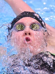 Mason's Allison Bloebaum competes in the finals of