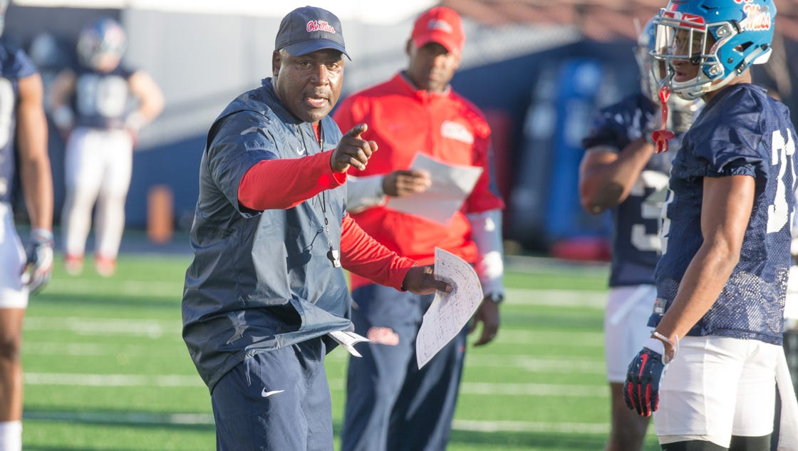 636241335421250076-ole-miss-spring-practice-03.02.17-39