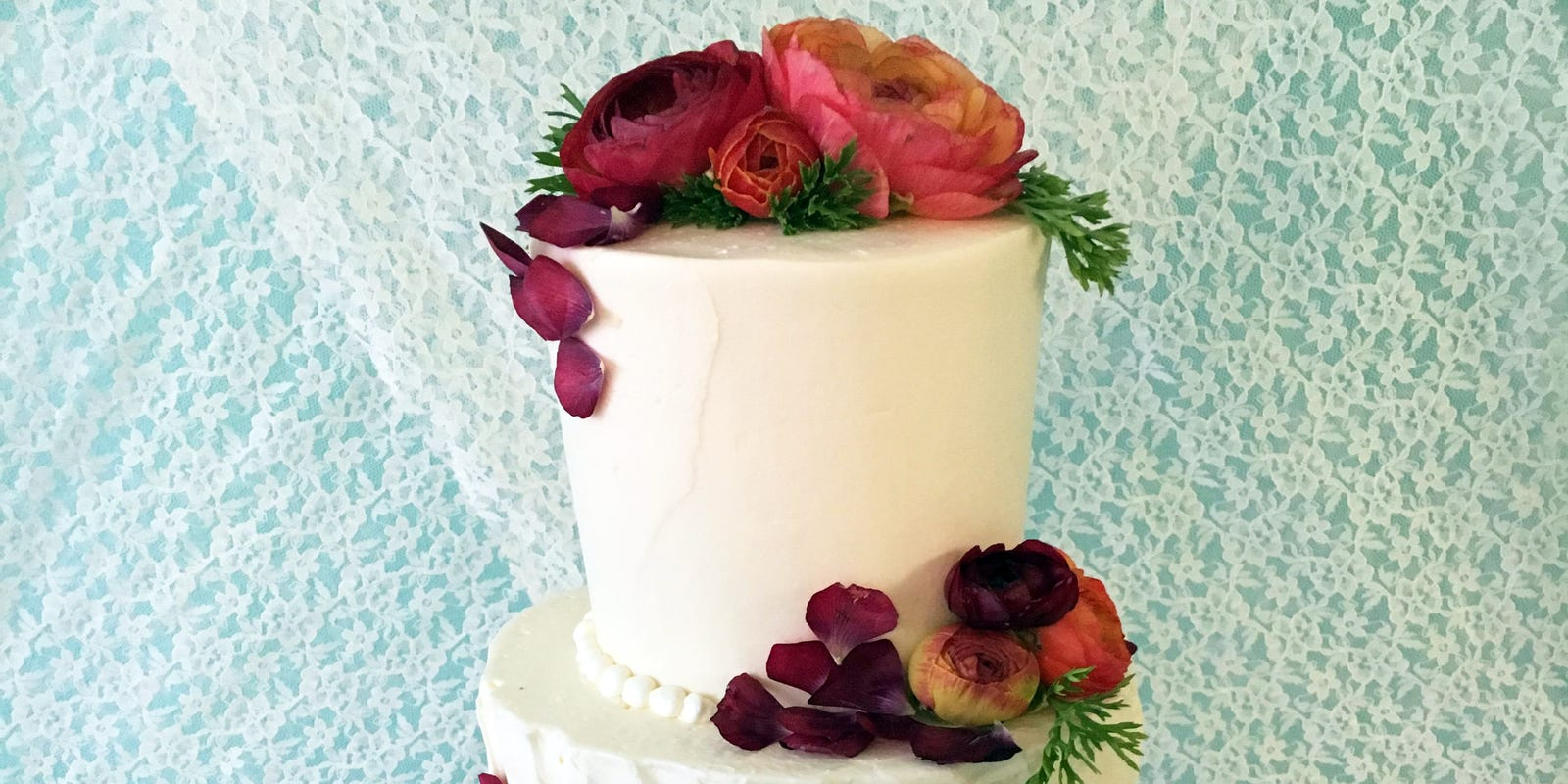 cedarburg baker creates a royal wedding cake for milwaukee viewers royal wedding cake for milwaukee viewers