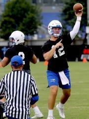 MTSU's quarterback Brent Stockstill passes the ball
