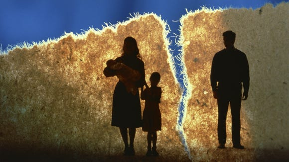 Senate Bill 1038 would require divorced parents who have custody of their children to give a 45-day notice to their former partner before moving more than 10 miles.