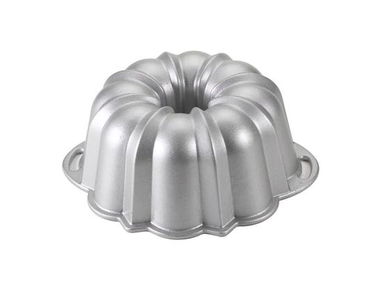 Who Sells Bundt Cake Pans