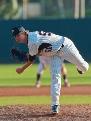 Pepperdine's Max Green was drafted by the Detroit Tigers in the eighth round of the 2017 MLB draft. He was announced as a signee on Tuesday, June 20, 2017.