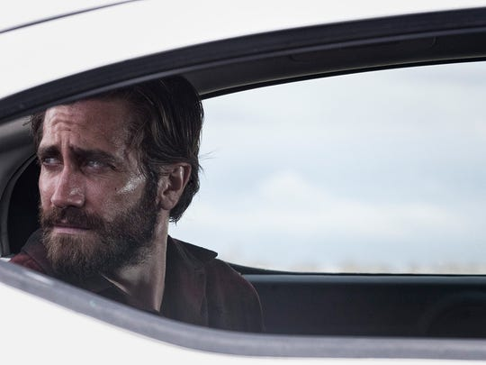 "Jake Gyllenhaal plays dual roles in ""Nocturnal Animals."""