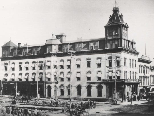 Dow's Cataract Hotel was built in 1884.