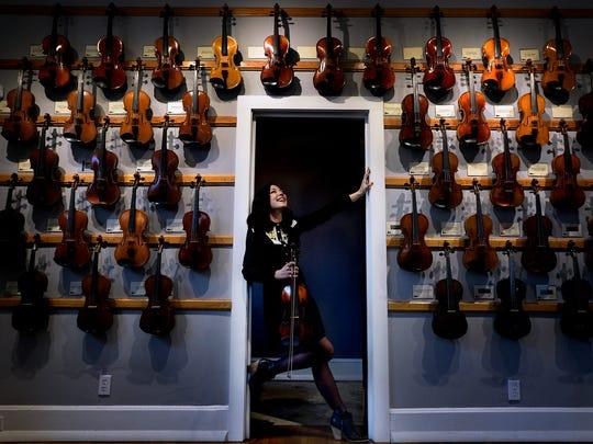 Americana singer-songwriter and fiddler, Amanda Shires