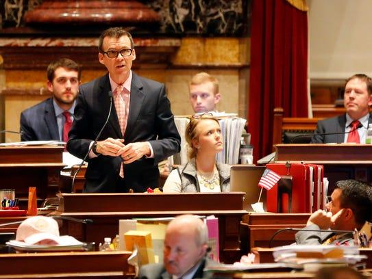 Iowa State Senator Joe Bolkcom debates Senate file