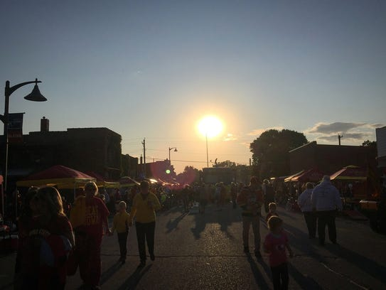 The sun sets over Main Street in downtown Slater during