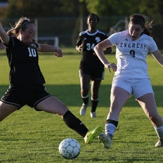 Two Wisconsin Valley Conference players named to all-state girls soccer team