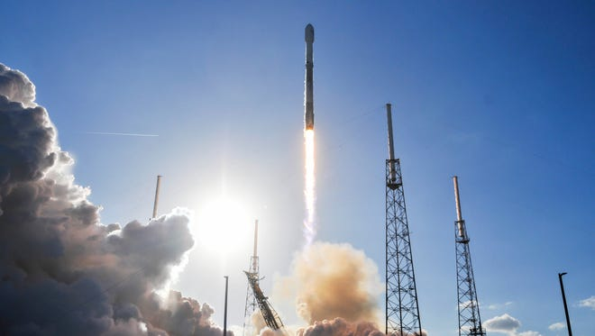 A SpaceX Falcon 9 rocket lifts off from Cape Canaveral Air Force Station's Launch Complex 40 with the GovSat-1 communications satellite on Wednesday, Jan. 31, 2018.
