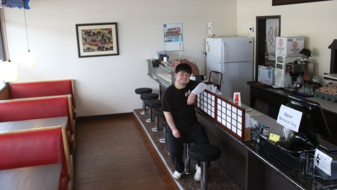 Muneaki Sugie, from Aichi, Japan, has opened Bon Japan 86 Yaroku in the space that was formerly a breakfast diner on 12th Street in Salem.