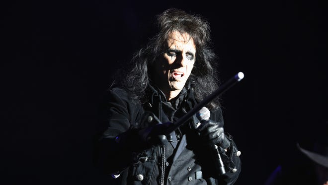 Alice Cooper performing with the Hollywood Vampires at Hessentags-Arena during the 56th Hessentag on May 29, 2016 in Herborn, Germany.