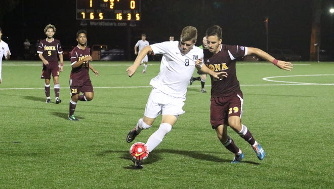 Monmouth University forward Dave Nigro will be a key for the Hawks offense in 2016.