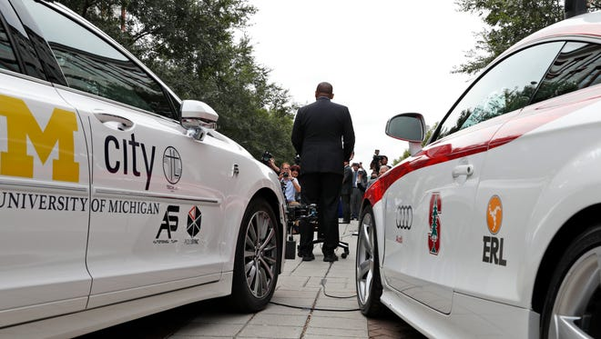 Transportation Secretary Anthony Foxx speaks during a news conference about self-driving cars, Tuesday, Sept. 20, 2016, in Washington. Obama administration officials are previewing long-awaited guidance that attempts to bring self-driving cars to the nation's roadways safely ' without creating so many roadblocks that the technology can't make it to market quickly. (AP Photo/Alex Brandon)