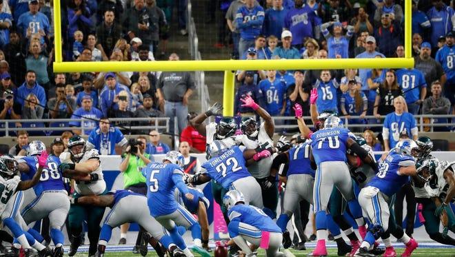Detroit Lions kicker Matt Prater (5) kicks the game winning field goal during the second half of an NFL football game against the Philadelphia Eagles, Sunday, Oct. 9, 2016, in Detroit.